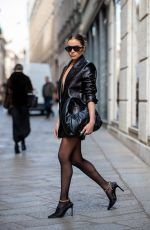 Olivia Culpo Out in Milan during the Fashion Week