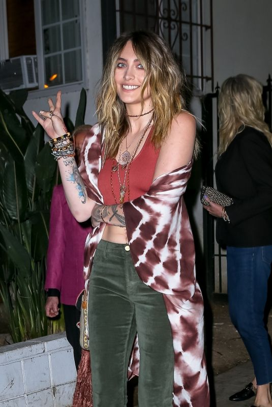Paris Jackson Leaves Sara Foster