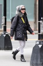 """Sarah Jessica Parker Heads to the first performance of """"Plaza Suite"""" in Boston"""