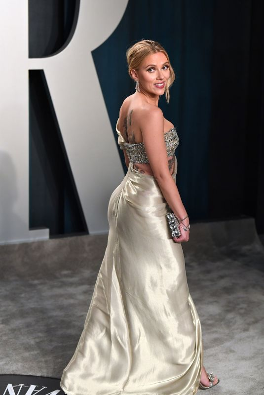 Scarlett Johansson At Vanity Fair Oscar 2020 Party