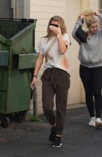 Sofia Richie Leaving a doctor