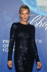 Uma Thurman At 2020 Hollywood for the Global Ocean Gala in Beverly Hills