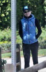 Courtney Thorne-Smith Keeps herself active in Brentwood
