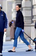 Katie Holmes Leaving her home in NYC