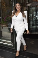 Kelly Brook Leaving the Ivy Club in London
