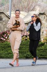 Maria Sharapova Enjoys her retirement hiking with friends in Palos Verdes