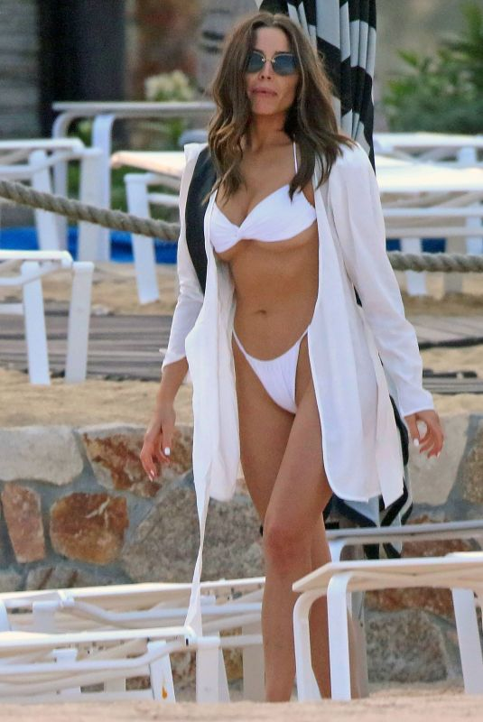 Olivia Culpo and Christian McCaffrey while on vacation in Mexico