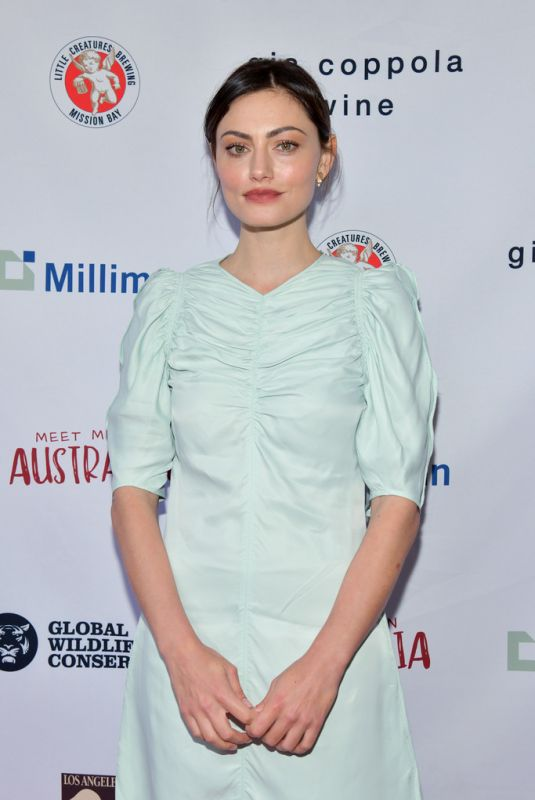 Phoebe Tonkin At The Greater Los Angeles Zoo Association Hosts Meet Me In Australia