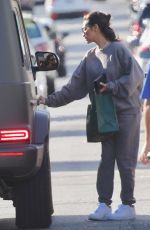 Shay Mitchell Picks up a salad to go at Sweetgreen in Studio City