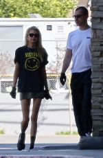 Stella Maxwell Is Grungy Chic for a trip to the store