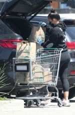 Cassie Ventura Outside a grocery store in Los Angeles