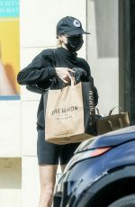 Charlotte McKinney Had an unfortunate mishap this afternoon while grabbing some groceries from Erewhon Organic