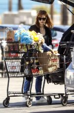 Jessica Chastain Shopping in Palos Verdes