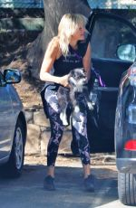 Malin Akerman Goes for a hike in the hills in Griffith Park