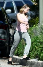 Olivia Wilde Goes makeup-free while out in Silverlake