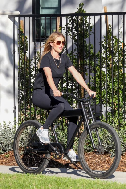 Rosie Huntington-Whiteley Out for a bike ride in Beverly Hills