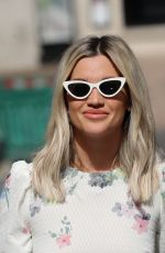 Ashley Roberts Out leaving the Global Radio studios