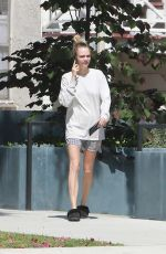 Cara Delevingne Out in Los Angeles