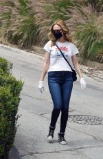 Heather Graham Out in Los Angeles