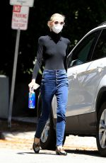 Jaime King Seen wraps up a medical building visit after a scheduled doctor