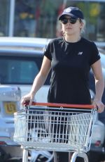 Jodie Comer Out shopping with brother Chalie at local Sainsbury