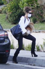 Kate Beckinsale Out in Pacific Palisades
