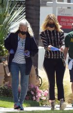 Laura Dern Pays a visit to her mother and actress Diane Ladd in Los Angeles