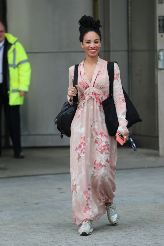 Michelle Ackerley Wears pink dress while leaving BBC TV studio