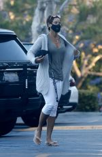 Nicole Murphy Makes a quick stop for some bakery goods at Gelson