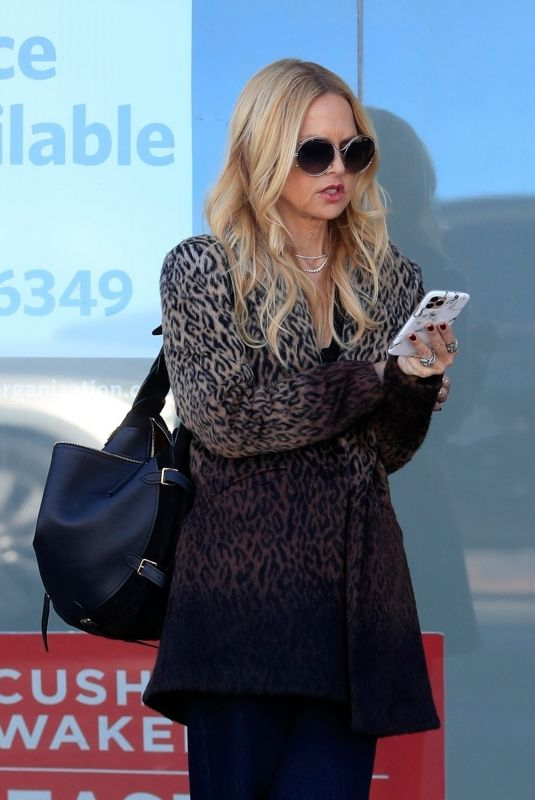 Rachel Zoe Is already forgetting social distancing in West Hollywood