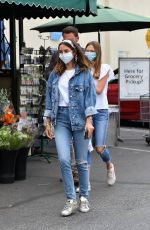 Ana De Armas Out shopping with Ben Affleck and his daughter