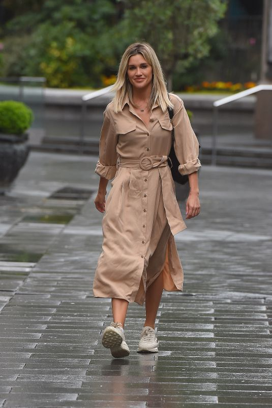 Ashley Roberts Outside Global Radio Radio Studios in London