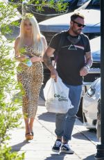 Brian Austin Green and Courtney Stodden pictured enjoying lunch together at a local Mexican eatery, Los Angeles