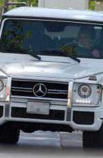Britney Spears Driving around out in Thousand Oaks
