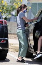 Courteney Cox Shopping at Malibu farms market with face mask and gloves