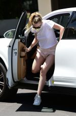 Dakota Fanning Out in LA