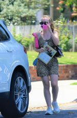 Dakota Fanning Steps out to Do some shopping in Los Angeles