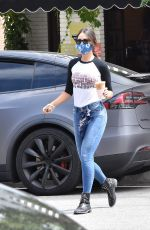 Eiza Gonzalez Out For a Coffee in Los Angeles