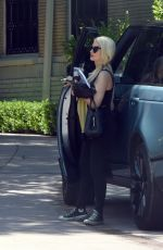 Holly Madison Has a rare outing with her daughter in Los Angeles