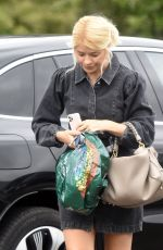 Holly Willoughby Out shopping for groceries as she queues for Marks & Spencer in London