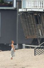 Jennifer Lopez & Alex Rodriguez Hit the sand in Malibu
