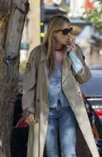 Kate Moss and daughter Lila Grace grab a Joe and the Juice refreshment in Londons Westminster