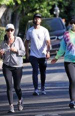Katherine Schwarzenegger Enjoying a family walk with her brother Patrick Schwarzenegger and her mom Maria Shriver in Los Angeles