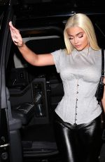 Kylie Jenner Arriving at Catch restaurant in Beverly Hills