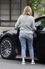 Laura Dern Goes to a medical office for a check up in Beverly Hills