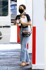 Lucy Hale Makes a visit to a medical building in Beverly Hills