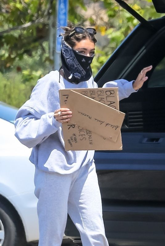Madison Beer Shows her support to BLM on a peaceful protest in Malibu