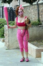 Phoebe Price Goes all Pink for a workout