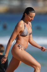 Rachael Finch Pictured on Bondi Beach with husband and Michael Minizer