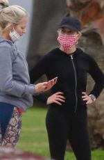 Reese Witherspoon Out jogging in Los Angeles